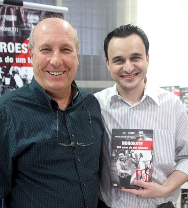 Com Paulo Sérgio no lançamento do livro. Foto: Vinicius Fernandes/Social Bauru