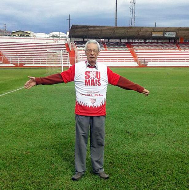 Zé Carlos Coelho, autor do primeiro gol do Alfredão: toda homenagem é pouco para esse craque. Foto: Igor Coelho/Arquivo pessoal