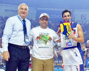 Título da Sul-Americana. Foto: Henrique Costa/Bauru Basket