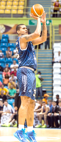 Mais uma na redinha. Foto: Caio Casagrande/Bauru Basket