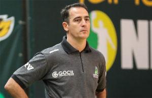 Demétrius Ferracciú, treinador do Bauru Basket
